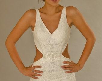 Vintage wedding dress ,Backless Wedding dress, Lace wedding dress, Ivory dress.
