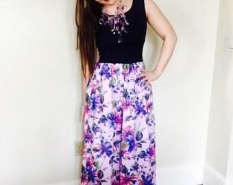Sleeveless Floral Maxi/festival dress/womens Boho sundress/VTG floral sundress/70's dress/womens Sundress/womens vintage dress/flower dress