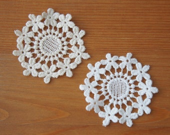 2pcs: Guelder Rose Flower Cotton Lace Applique 60mm Off-white and White Early Blossom Deco Costume Mori Girl Scrapbook Knit Sewing Craft DIY