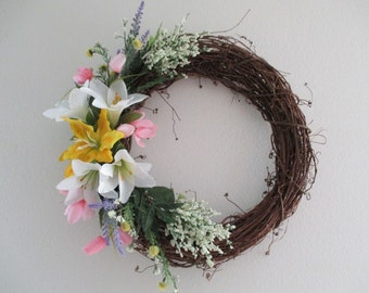 "18"" Grapevine Spring Wreath"