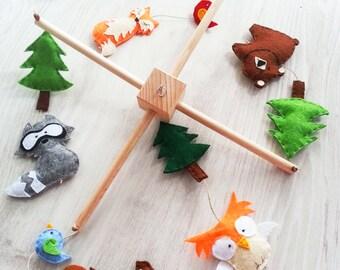 Pine Tree, Woodland Baby Mobile, Handmade Mobile, Baby Crib Mobile, Nursery Decoration, Hanging Baby Mobile, Owl, Buck, Deer, Raccoon, Bear