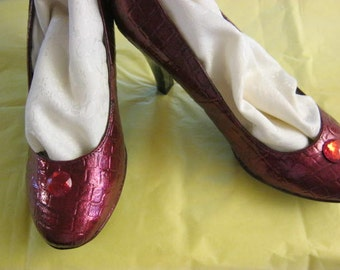 wizard of oz replica ruby slippers.