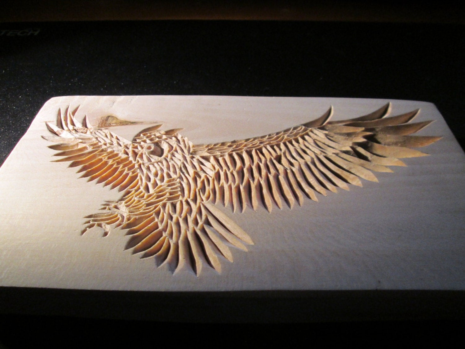 Wooden hand carved owl chip carving wood carving wooden for Best wood for chip carving