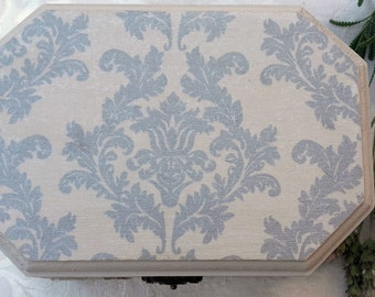 Box decorated with the technique of decoupage of vintage style.