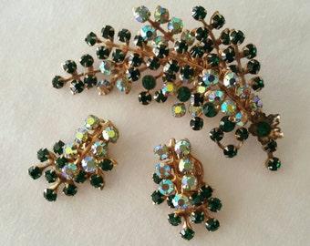 Pin and earrings set