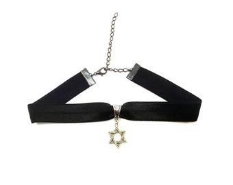 STAR OF DAVID: black elastic magen david choker