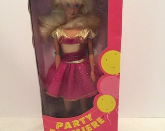 1992 Party Premiere Barbie Doll #2001