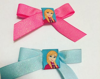 Pink or blue Ana bow