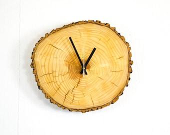 Modern Wall Clock Tree Disc minimalist