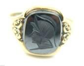 Gents 9ct Gold Hematite Ring, Size S. Ref: 37898