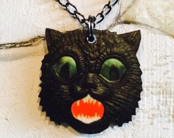 Scaredy Cat Pendant