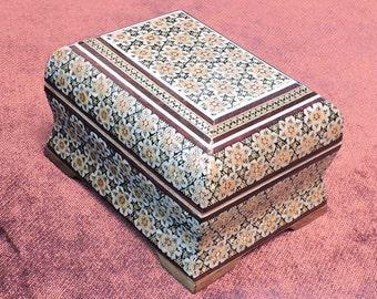 jewelry box -jewellery box -wooden jewelry box -girls jewelry box-decorated surface and inside-jewelry boxes for women-joyero-boite a bijoux