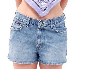 Medium Wash Lei Jean Shorts // cotton, size 11, 90s, vintage, Short Shorts, Low Waisted