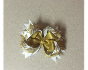 Gold, Silver, White stacked bow
