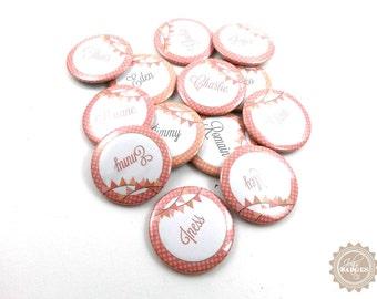 Badge mariage | badges invités pour plan de table, badges prénoms, personnalisable, thème VINTAGE, coloris pastel, 37 mm. Jolis Badges & Cie