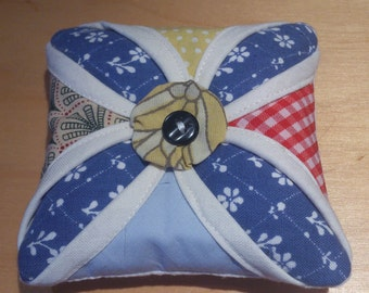 Cathedral Window Patchwork Pin Cushion (PC011)