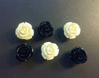 6 Cartoon Like Rose Flowers Magnets, Flower Push Pins, Flower Tacks