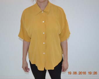 Vintage mustard yellow slouchy shirt