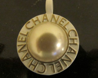 Vintage Chanel faux pearly round saucer Button Charm pendant  White Milk Gold color signed