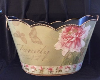 Vintage tin pink and green basket