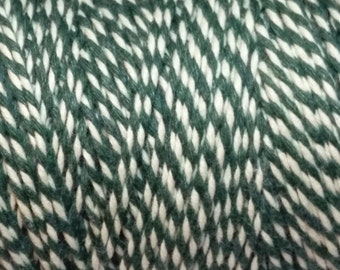 10m of Green and White Cotton Bakers Twine - Macrame - Packaging - Scrapbooking