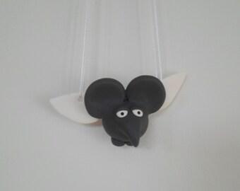 A Flying Elephant / Een Vliegende Olifant