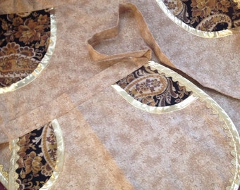 Mother and  Daughter  aprons with single pocket