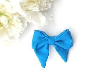 Bright Turquoise Bow