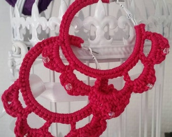 Earrings made with glass beads crochet