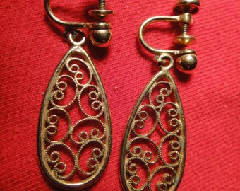 a & z 1/20 12kt gf filigree teardrop shaped clip on earrings