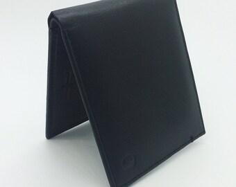 Bi-Fold Men Wallet