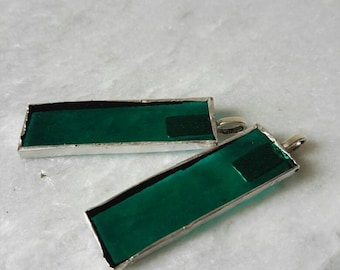 Green pendant of stained glass