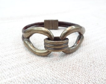EXPRESS SHIPPING,Men's Chocolate Brown Leather Bracelet,Men's Jewelry,Antiquing Magnetic Clasp Bracelet,Men Cuff Bracelet,Father's Day Gifts