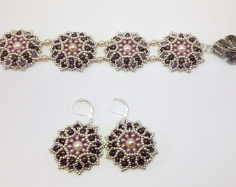 Bracelet and earrings set flowers
