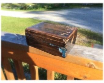 Reclaimed wood keepsake box
