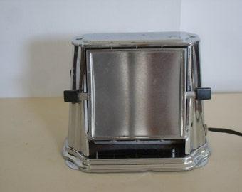 Vintage Son-Chief Art Deco Toaster Series 680, Vintage Kitchen Decor, Country Kitchen