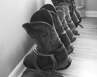 Horseshoe Cowboy Boot Rack