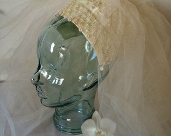 Vintage Ivory Cream Wedding 1950s Wedding Veil with Pearls and Ribbon