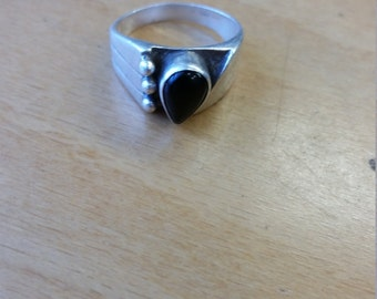 Sterling silver 925 onyx ring sz 6