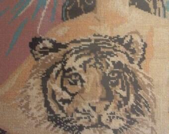 Gobelin - Girl and tiger