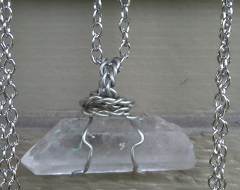 Cleae quartz point necklace