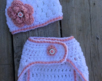 Crochet diaper cover and hat set