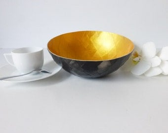 Paper mache, Argyle, - big model black and gold Bowl
