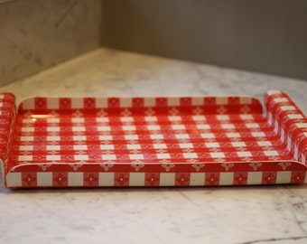 Plastic Red Gingham Serving Tray 17.5 x 11 inches