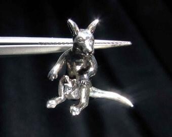 Sterling silver Animal pendant Kangaroo & Baby
