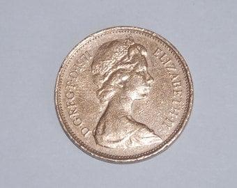 Queen Elizabeth II, New 1/2 Penny 1976