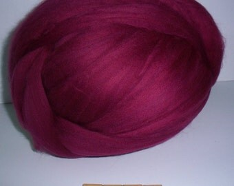 Ruby Merino Wool Top, 21.5 Microns, Felting, Spinning, Needle Felting, Roving