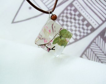 Necklace - I wear my plant