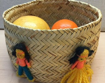 Handwoven Round Basket, Large Woven Wicker Basket, Serving Basket, Bathroom Basket