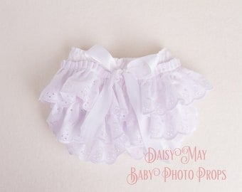 White Broderie Anglais frilled Pants